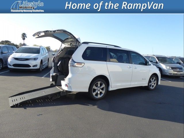 2014 Toyota Sienna BraunAbility Manual Rear Entry Wheelchair Van For Sale